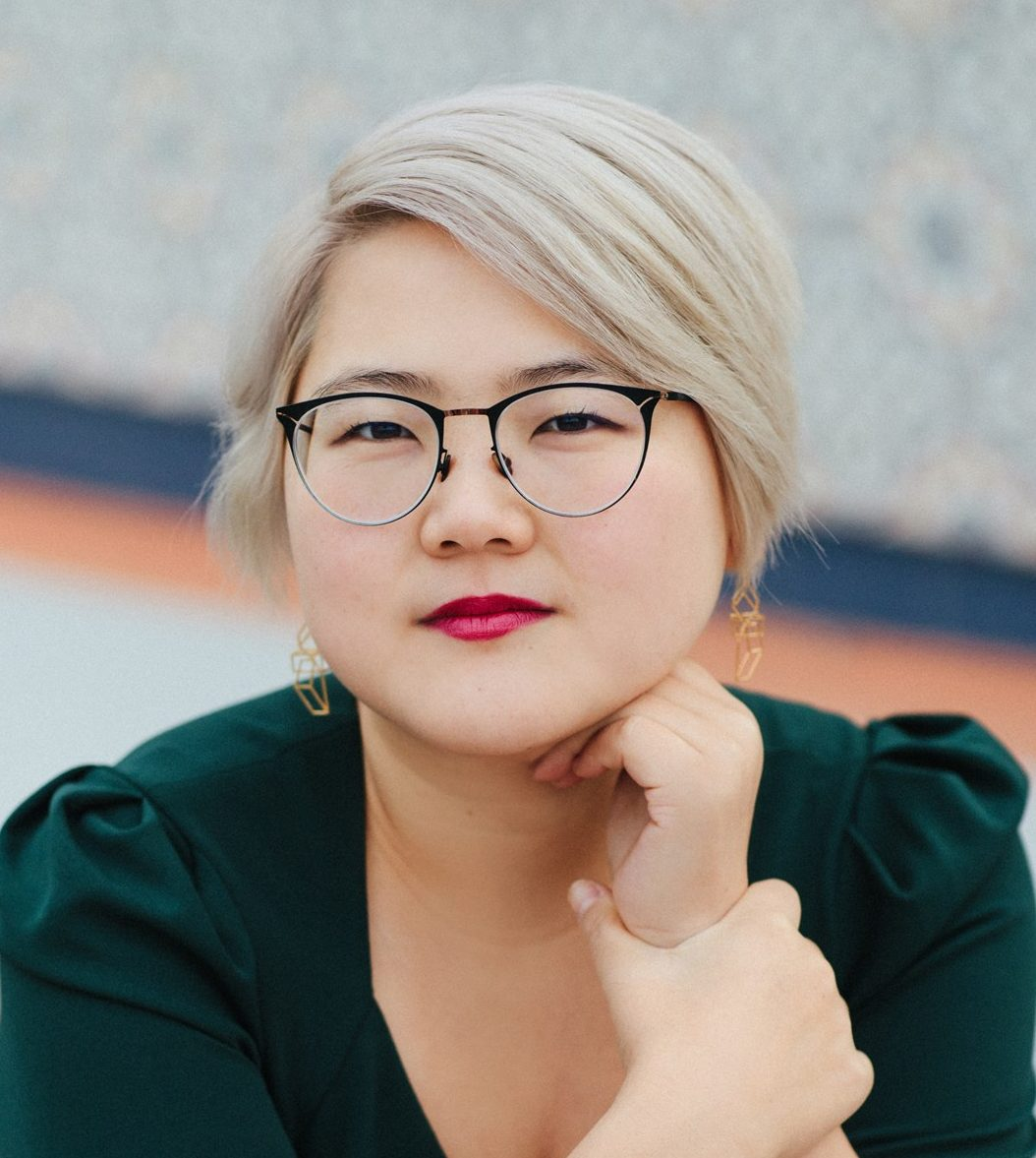Angela Chen: author portraits