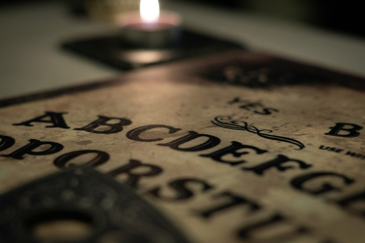 6 Famous Writers Inspired by the Occult