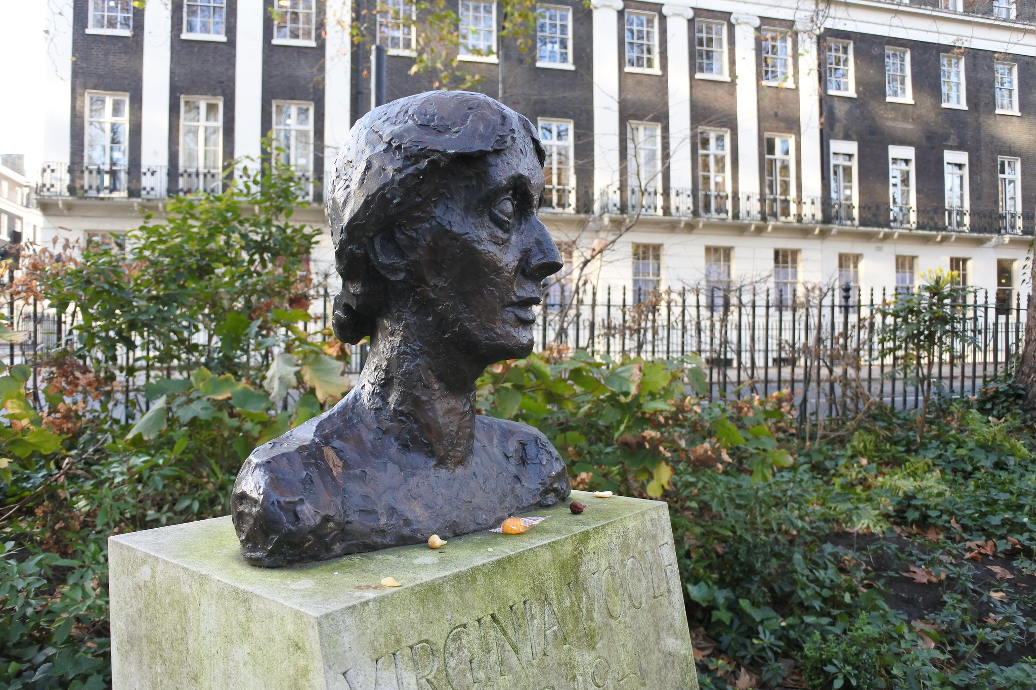 Bust of Virginia Woolf