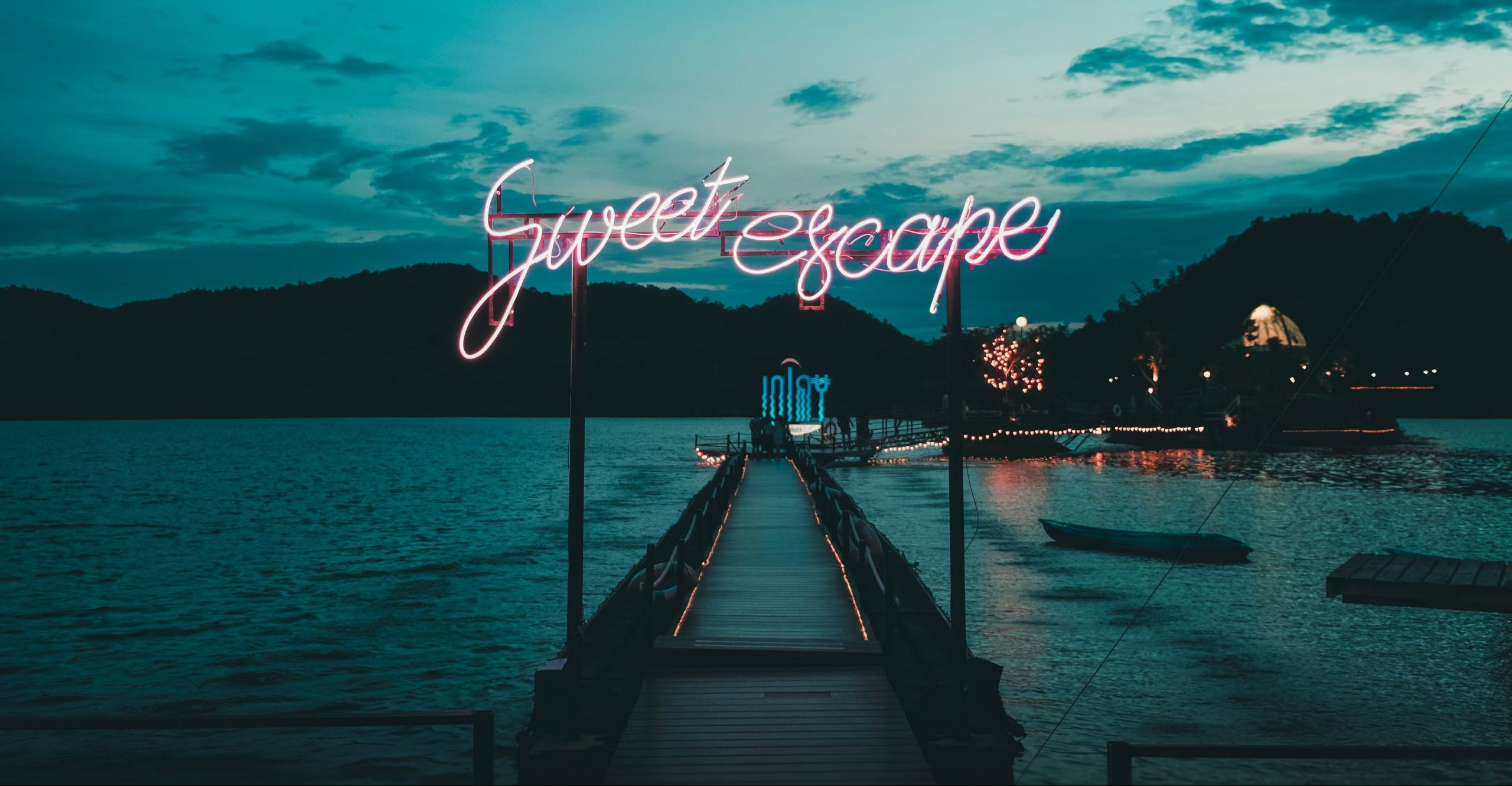 sweet escape sign
